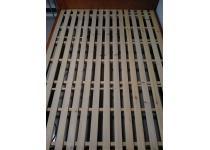 宜家实木双人床!好品质!1米5*2米!有意联系!
